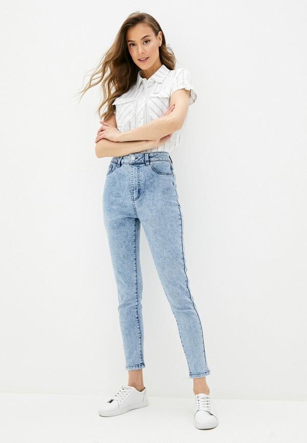 Фото 2 - Женские джинсы Befree голубого цвета