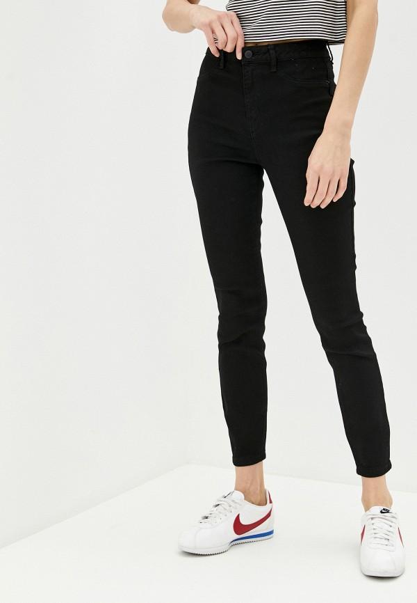 Фото - Женские джинсы Befree черного цвета