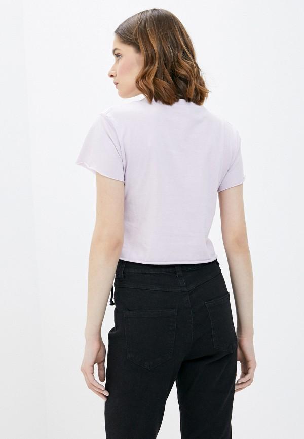 Фото 3 - Женскую футболку Befree фиолетового цвета