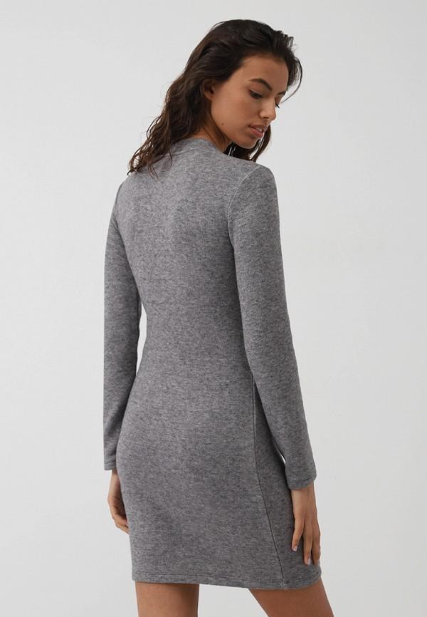 Фото 3 - Женское платье Lime серого цвета