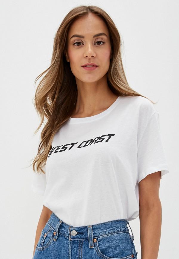 Фото - Женскую футболку NA-KD белого цвета