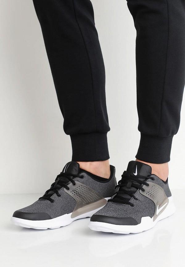 Фото 5 - мужские кроссовки Nike серого цвета