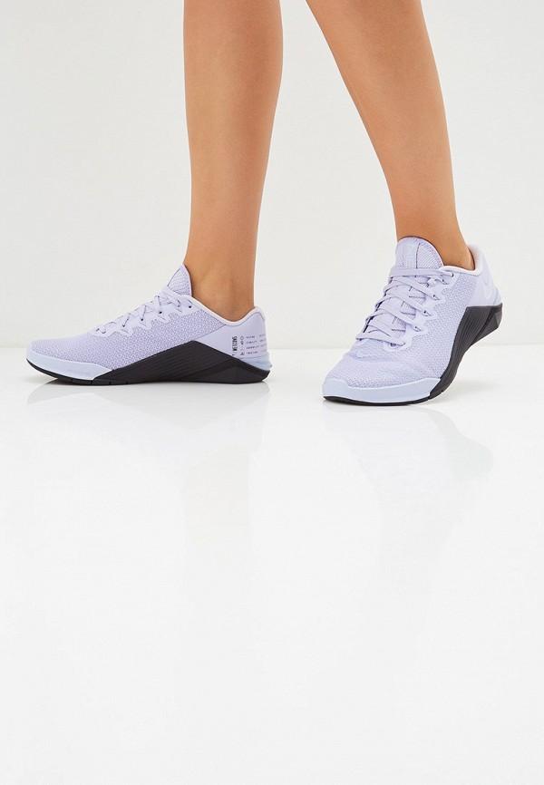 Фото 7 - женские кроссовки Nike фиолетового цвета