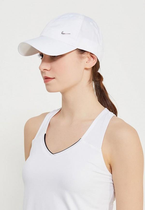 Фото 4 - Бейсболка Nike белого цвета