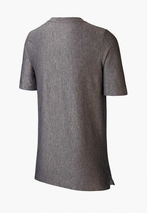 Фото 2 - Футболку спортивная Nike серого цвета