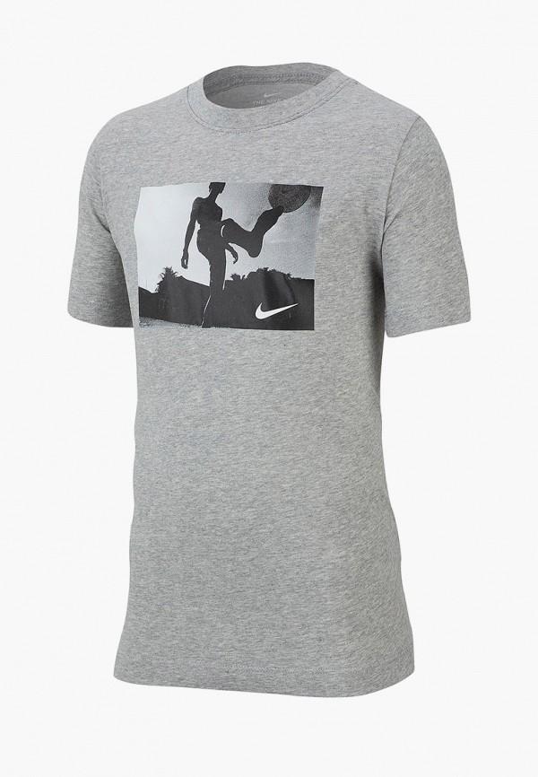 Фото - Футболку Nike серого цвета