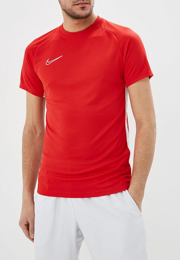 Футболка  красный цвета