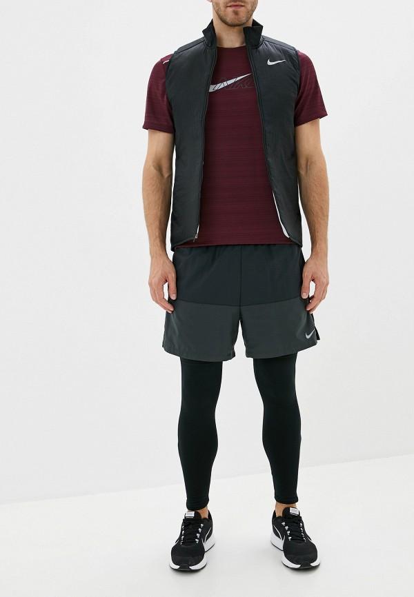 Фото 2 - Футболку спортивная Nike бордового цвета