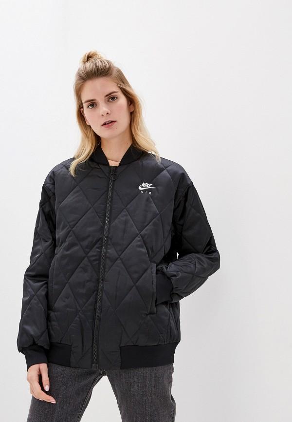 Фото - Куртку утепленная Nike черного цвета