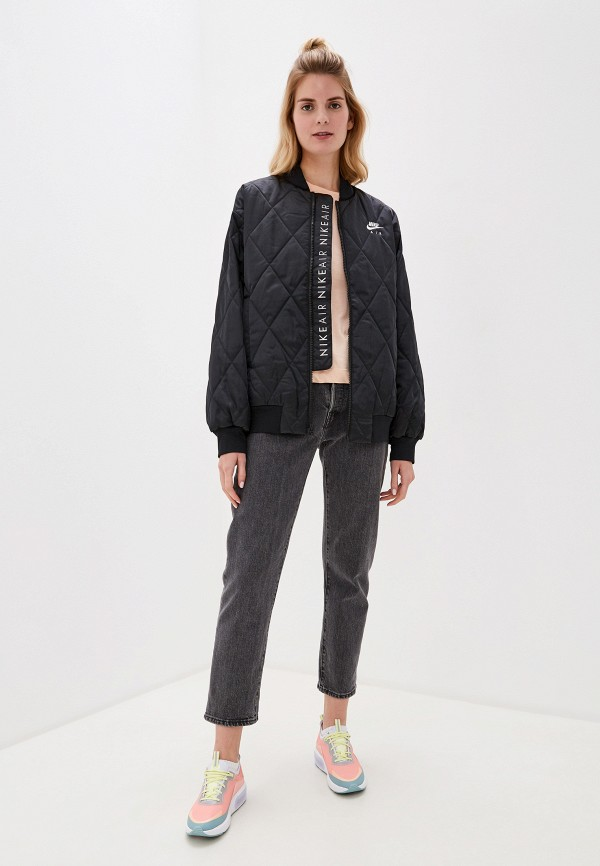 Фото 2 - Куртку утепленная Nike черного цвета