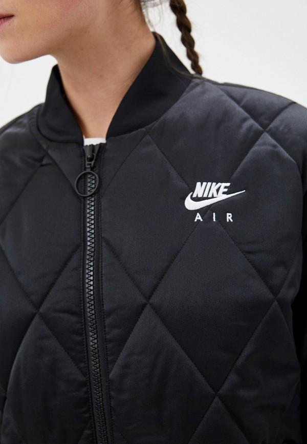 Фото 9 - Куртку утепленная Nike черного цвета