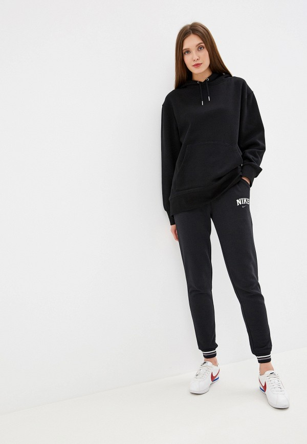 Фото 2 - Брюки спортивные Nike черного цвета