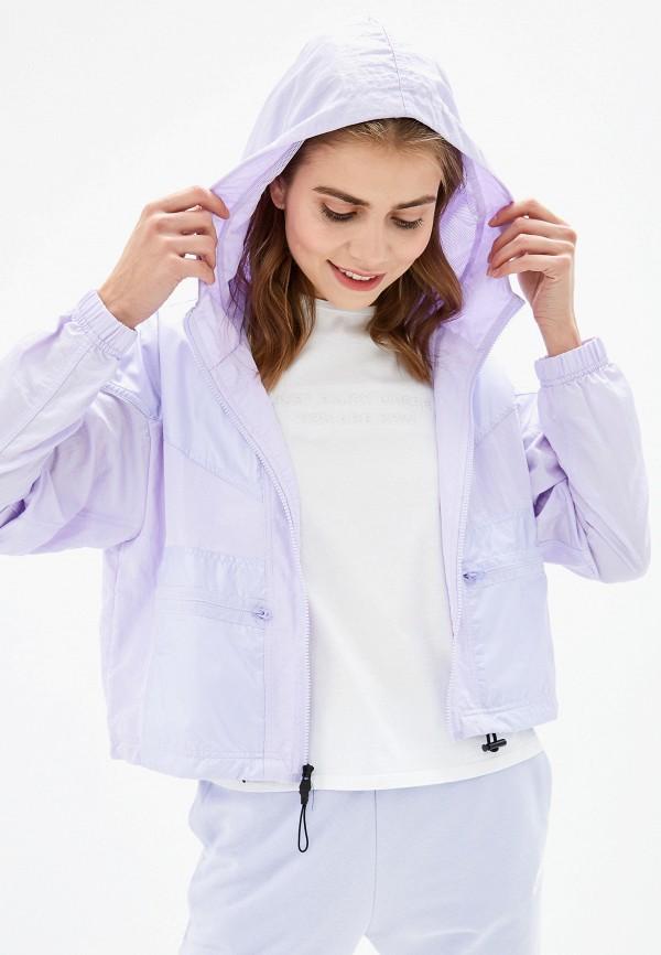 Фото - Ветровка Nike фиолетового цвета