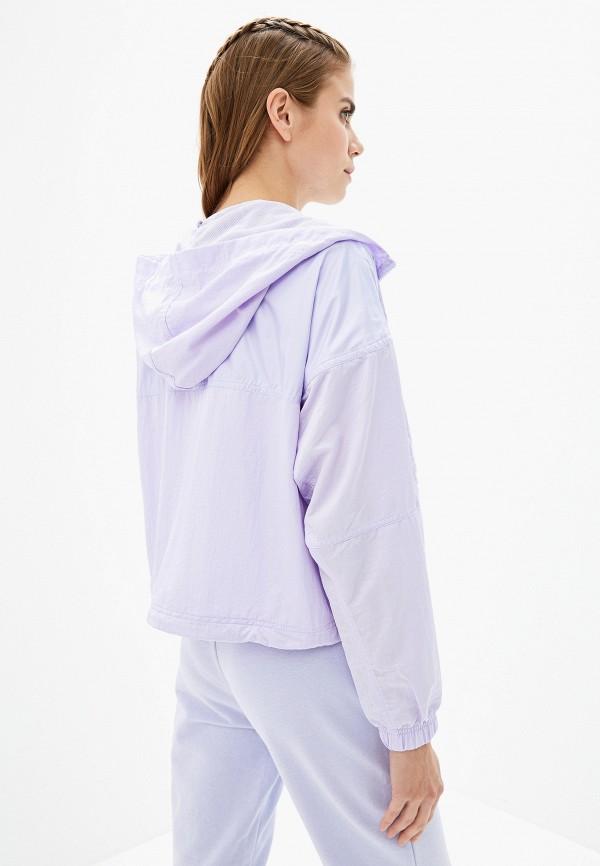 Фото 3 - Ветровка Nike фиолетового цвета