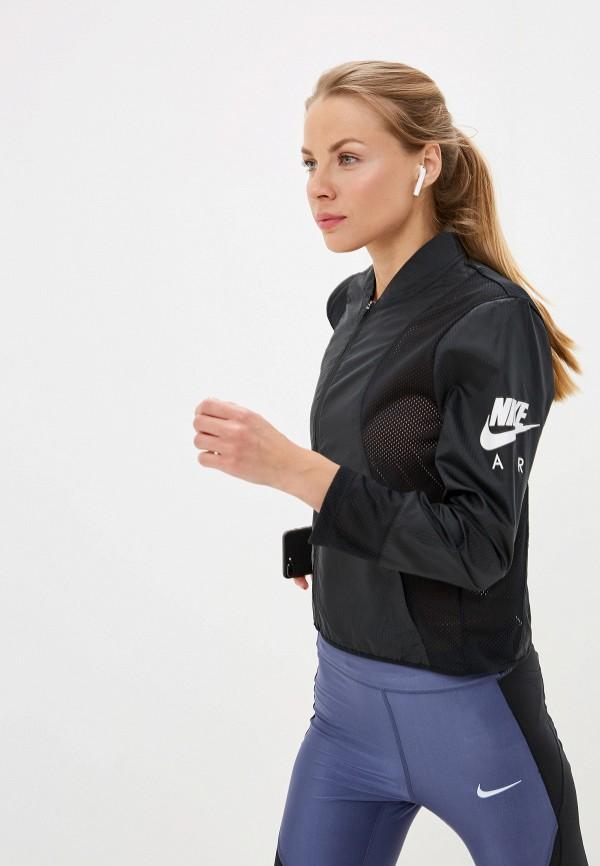 Фото - Ветровка Nike черного цвета