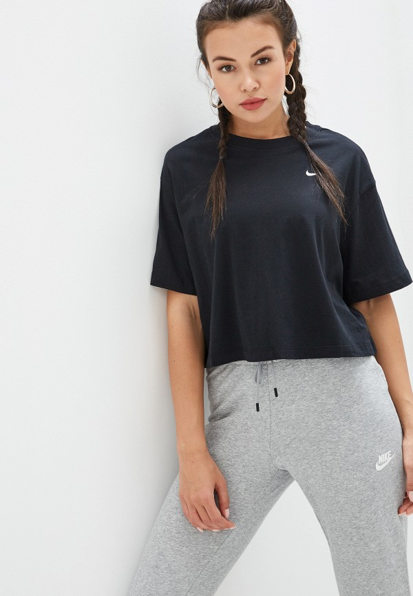 Фото - женскую футболку Nike черного цвета