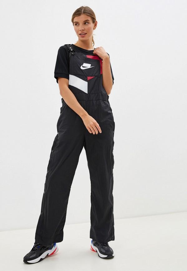 Комбинезон Nike черного цвета