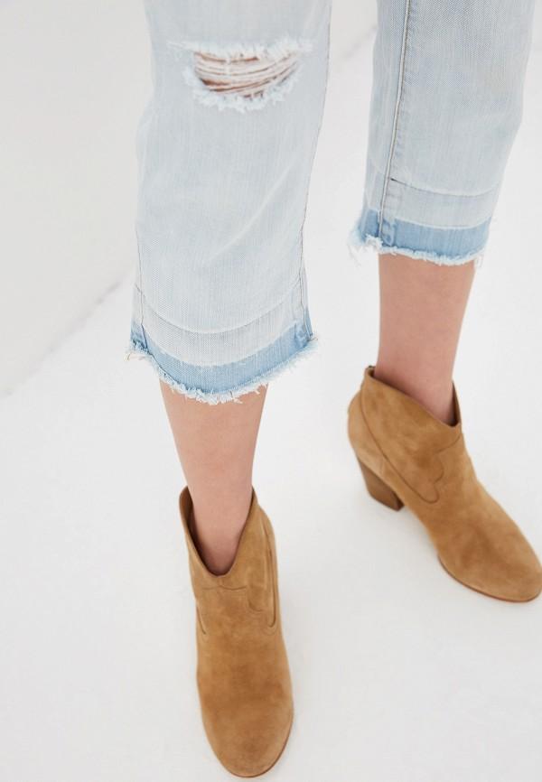 Фото 4 - женские джинсы One Teaspoon голубого цвета