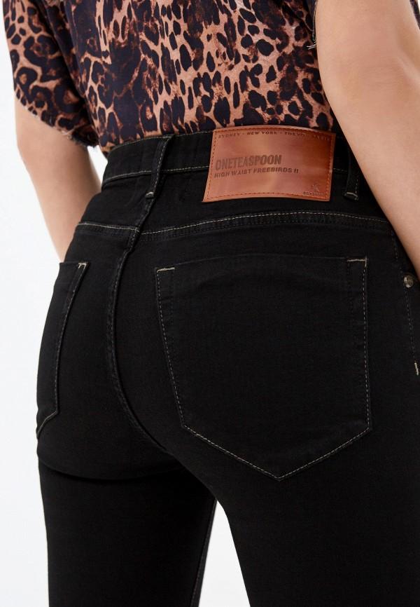 Фото 4 - женские брюки One Teaspoon черного цвета