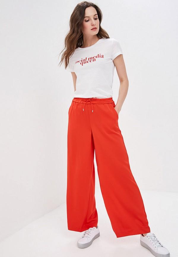 Фото 2 - женские брюки Only красного цвета