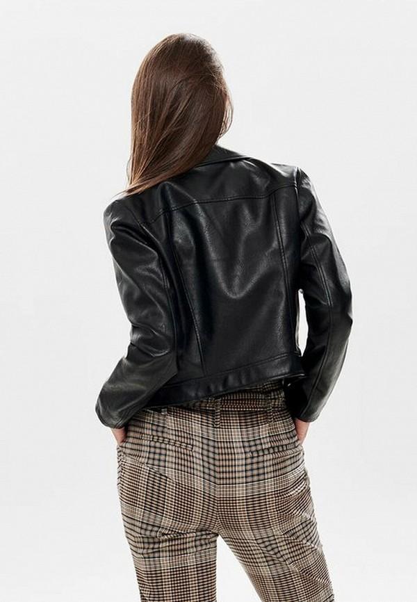Фото 3 - Куртку кожаная Only черного цвета