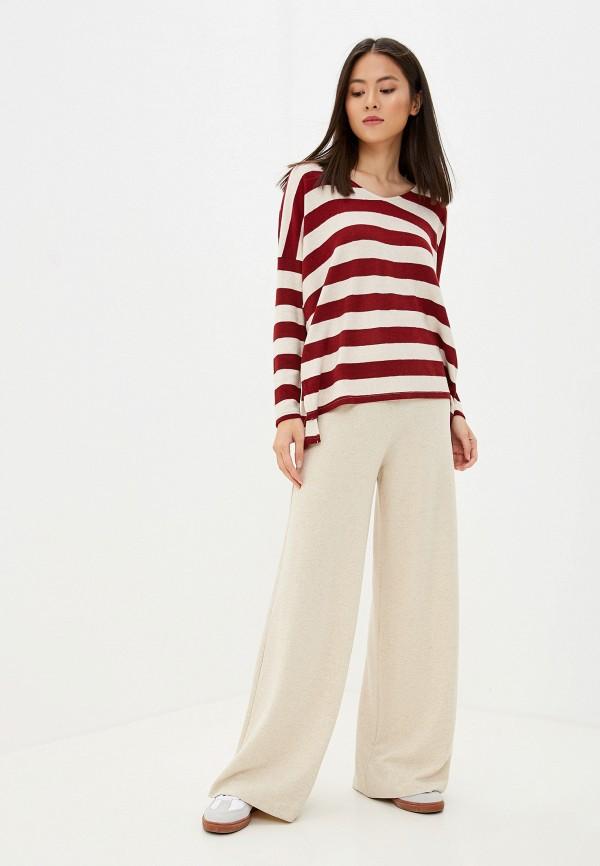 Фото 2 - женский пуловер Only бордового цвета