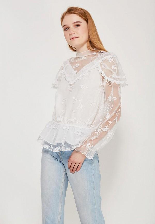 Фото - женскую блузку Paccio белого цвета