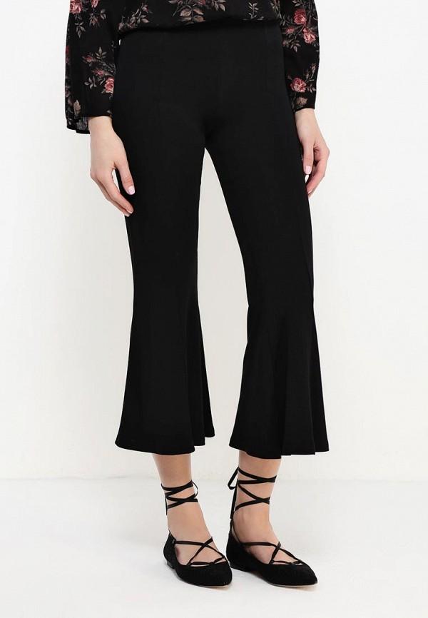 Фото 7 - женские брюки Patrizia Pepe черного цвета