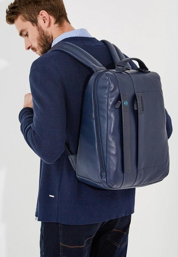 Фото 5 - мужской рюкзак Piquadro синего цвета