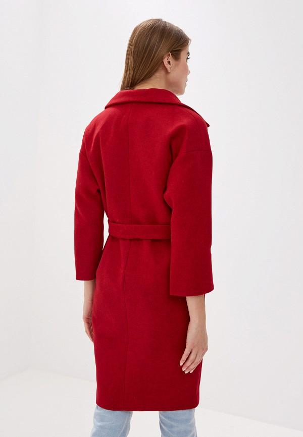 Фото 3 - женское пальто или плащ Pink Frost красного цвета