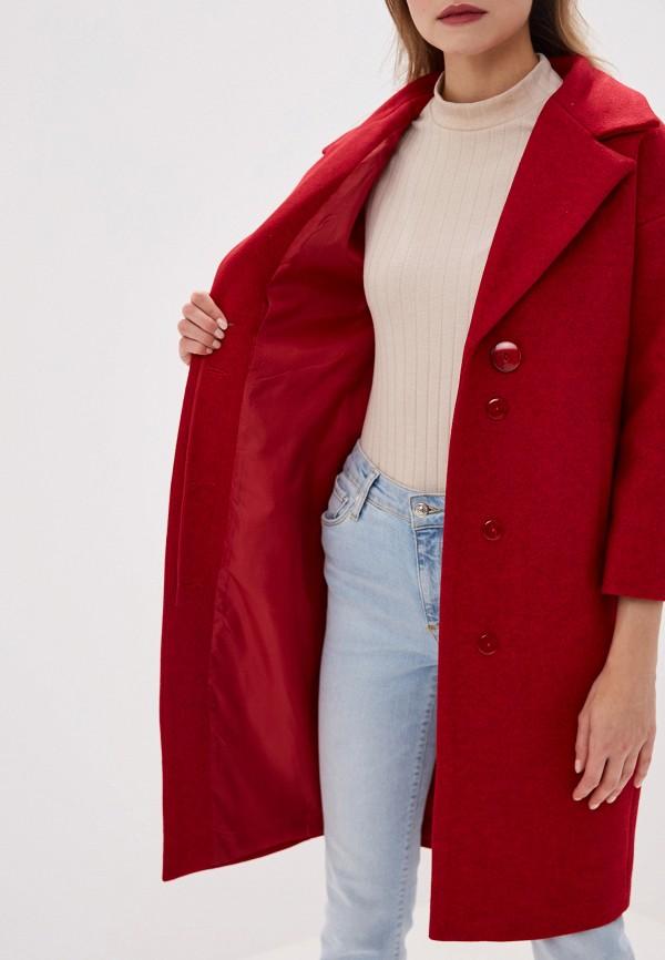 Фото 4 - женское пальто или плащ Pink Frost красного цвета
