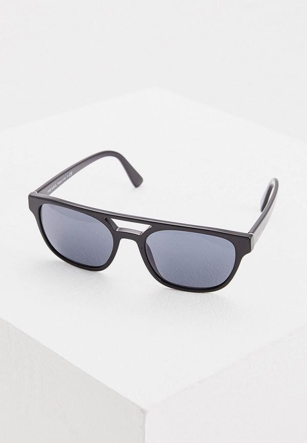 Фото - Очки солнцезащитные Prada черного цвета