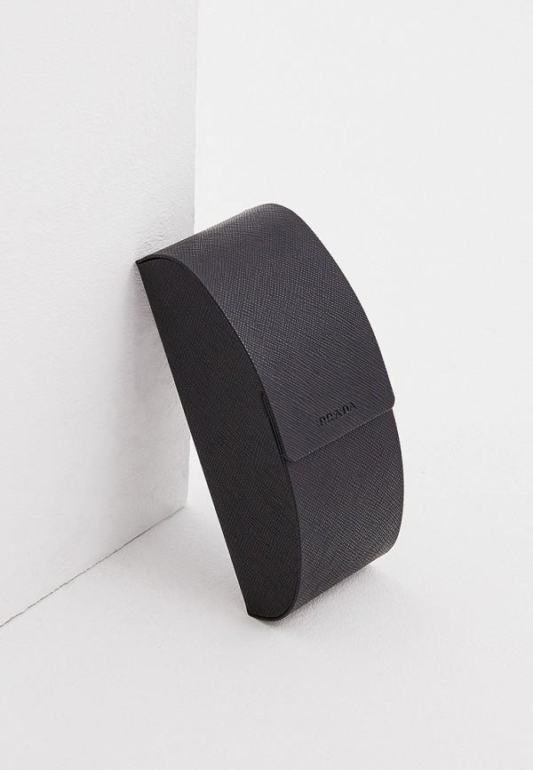 Фото 5 - Очки солнцезащитные Prada черного цвета