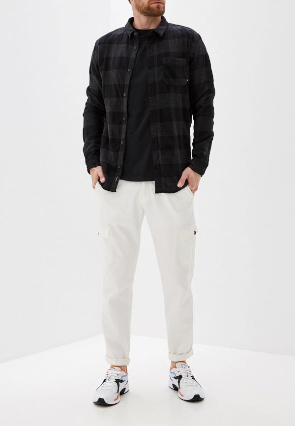 Фото 2 - мужскую рубашку Quiksilver черного цвета