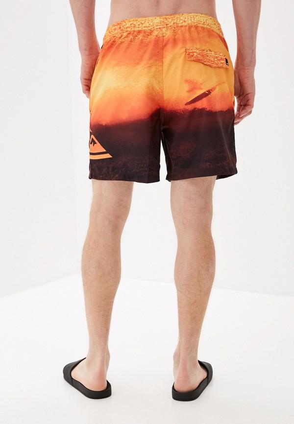 Фото 2 - Шорты для плавания Quiksilver оранжевого цвета