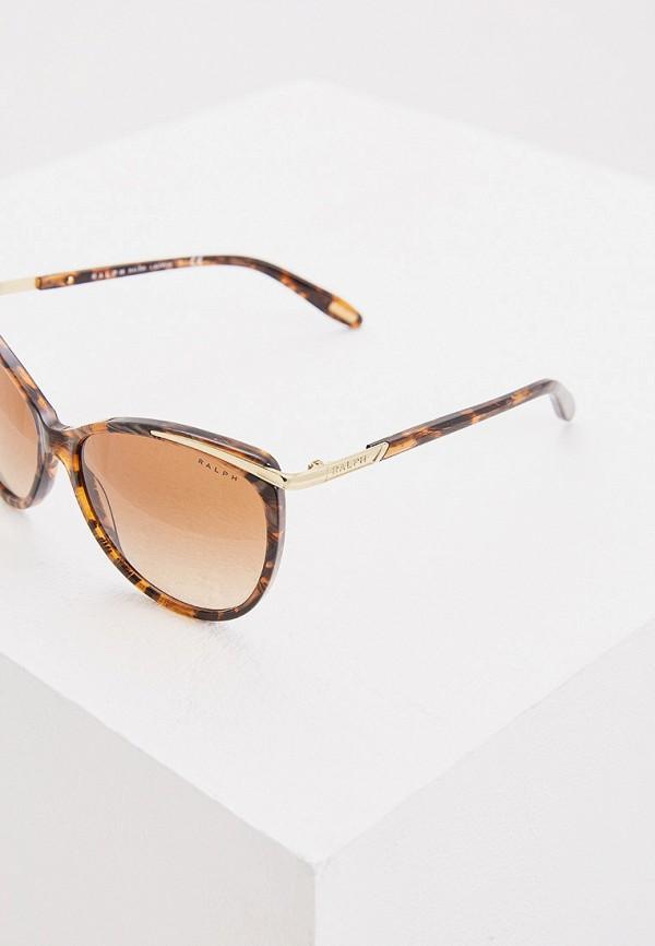 Фото 4 - Очки солнцезащитные Ralph Ralph Lauren коричневого цвета