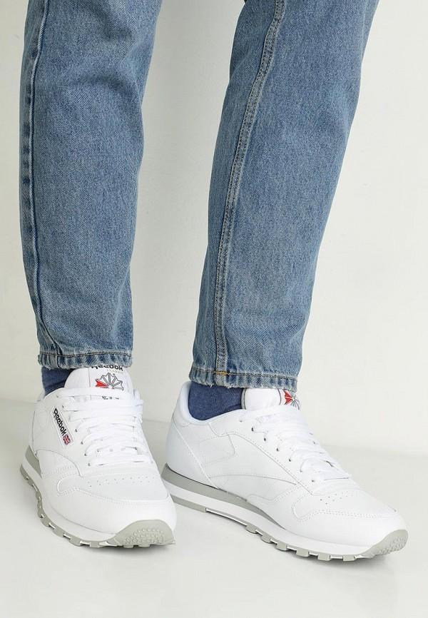 Фото 8 - женские кроссовки Reebok Classics белого цвета