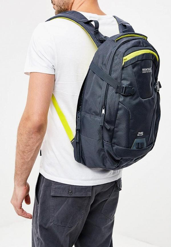 Фото 5 - женский рюкзак Regatta серого цвета