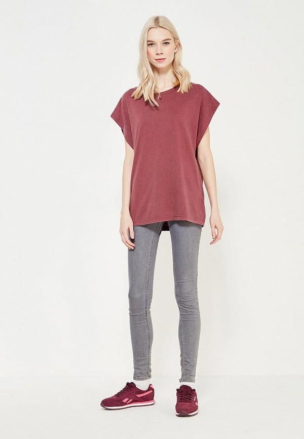 Фото 2 - женскую футболку Reebok бордового цвета