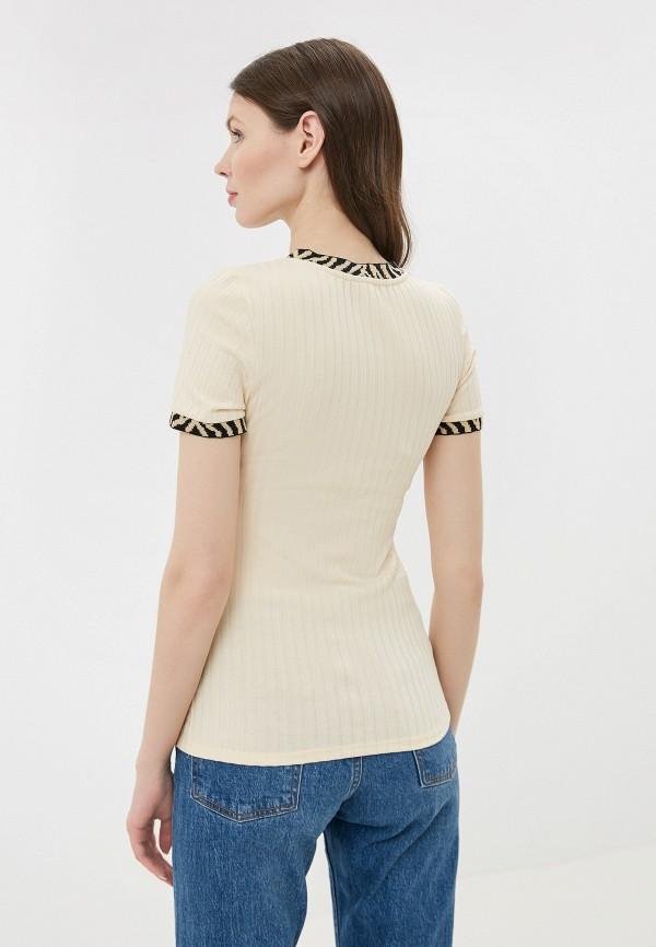 Фото 3 - женскую футболку River Island бежевого цвета
