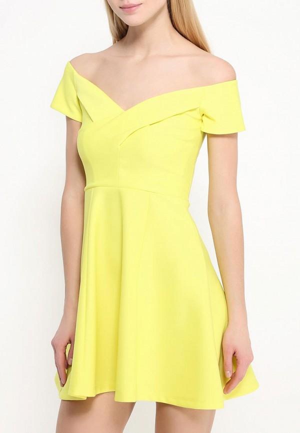 Фото 3 - женское платье River Island желтого цвета
