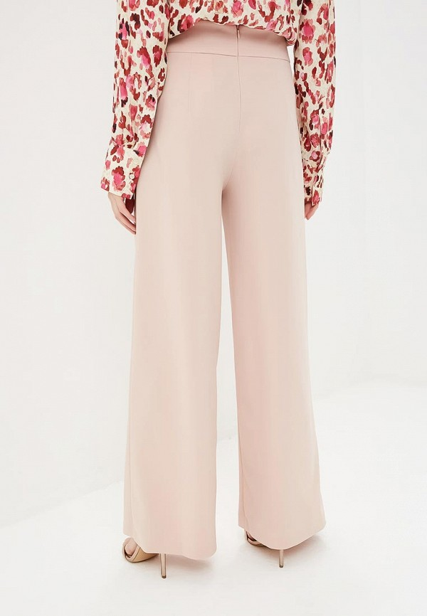 Фото 6 - женские брюки Rinascimento розового цвета