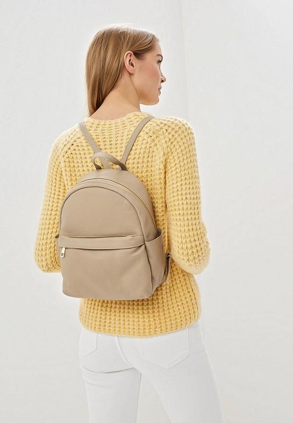 Фото 4 - Женский рюкзак Roberta Rossi бежевого цвета