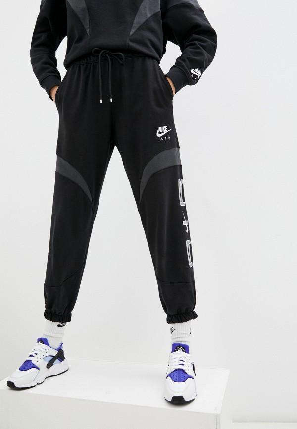 Брюки спортивные Nike черного цвета