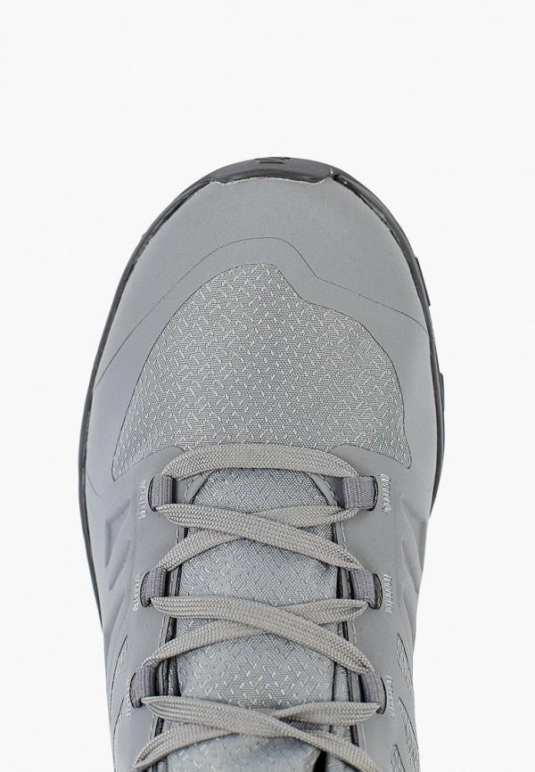 Фото 4 - Ботинки трекинговые Salomon серого цвета