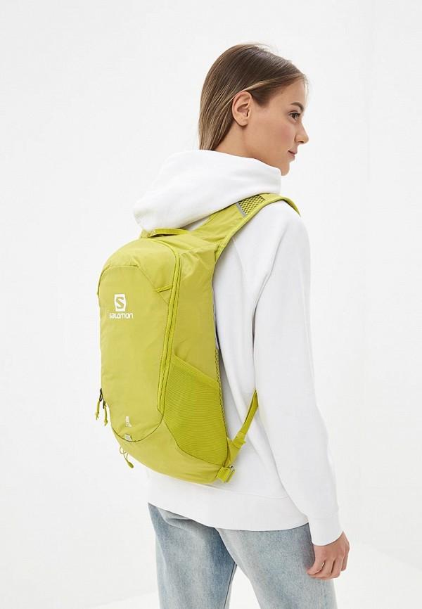 Фото 4 - мужской рюкзак Salomon желтого цвета