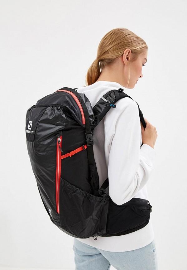 Фото 4 - Женский рюкзак Salomon черного цвета