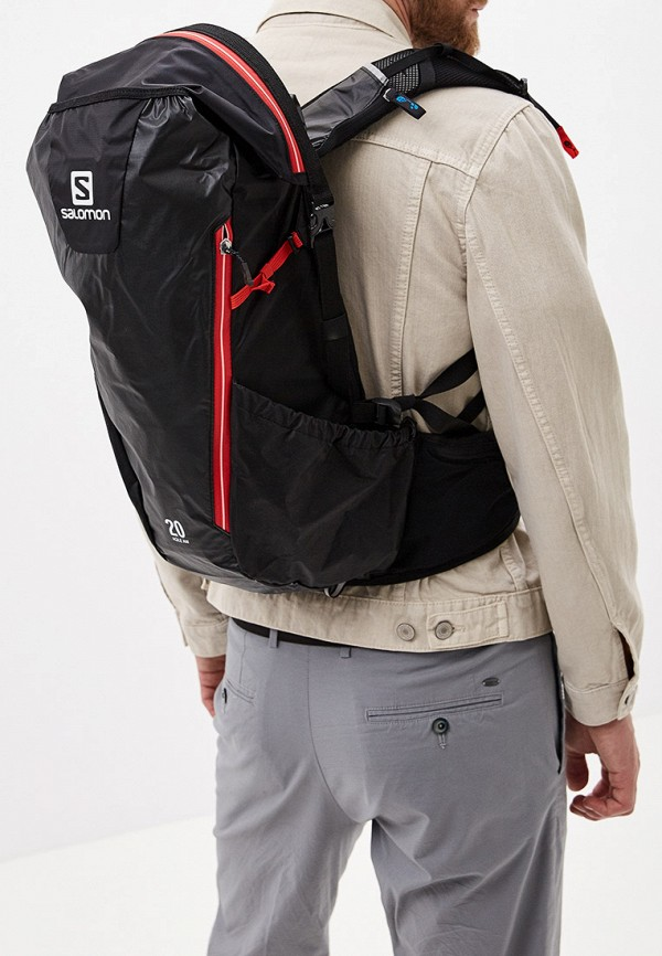 Фото 5 - Женский рюкзак Salomon черного цвета