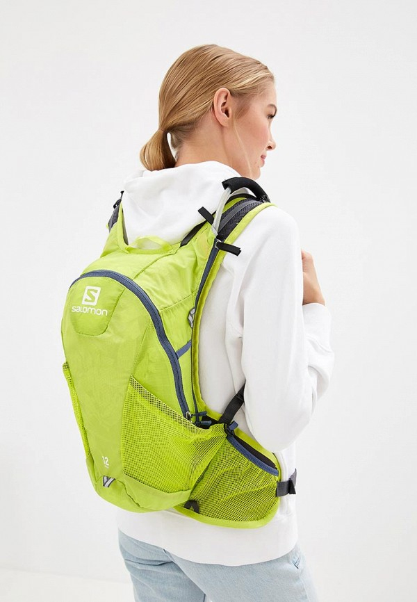 Фото 4 - Женский рюкзак Salomon зеленого цвета