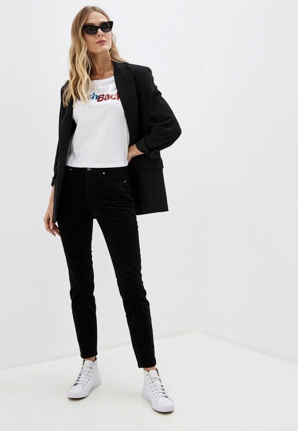 Фото 2 - женскую футболку Sela белого цвета